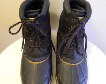 Navy Thinsulate lined DUCK BOOTS sz. 9