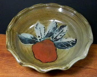 Deep Dish Stoneware Pie, Quiche Pan ~ Apple & Leaf Design ~