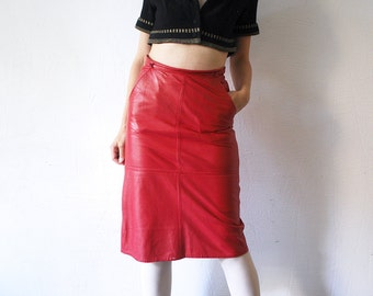70s 80s red leather skirt. leather pencil skirt. knee length skirt - small to medium