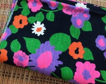 Flower Power:  Vintage 1960's Floral Canvas Fabric, R