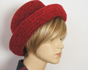 Red Hat Annie Vintage 1980's Velour Knit Brimmed Crushable