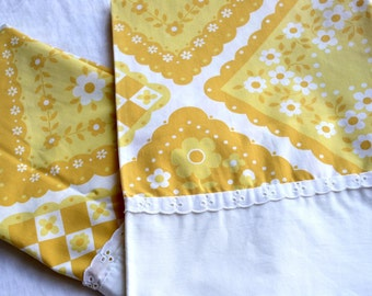 Vintage Pillowcases - Yellow and White Calico Squares - Standard Size Pair