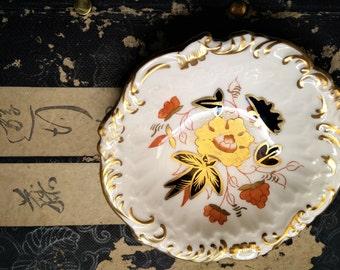 Vintage Royal Crown Derby Pin Dish.  Botanical design. Imari design. Decorative pin dish. Trinket Dish. Gilded. Bone China. Made in England