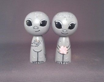Little Grey Men Martian Alien Cake Topper Kokeshi Dolls