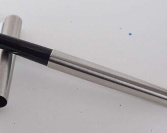 Vintage Sailor Trident fountain pen