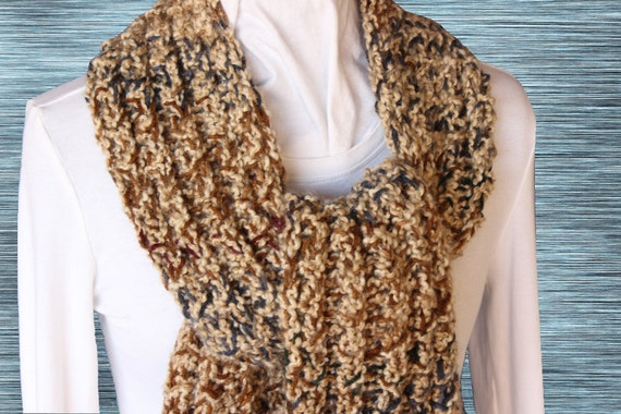 Free Knitting Patterns For Scarves With Bulky Yarn : Chunky Scarf Pattern, Knitted Scarf Patterns, Bulky Weight Yarn Design, Free ...