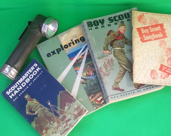 Boy Scout Official American Army Green Right Angle Flashlight w/ Belt Clip & Scoutmaster/Boy Scout Handbook Songbook