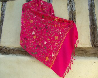 "Shocking Pink. Gorgeous  Embroidered Kashmir Pashmina. 100%  wool shawl/stole.   80 x 20"" 203 cm x 50 cm"