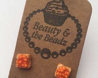 Pair of cute silver plated fried beans on toast stud earrings