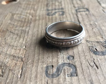 Wedding Band Sterling silver band || Rustic Sterling Silver Ring