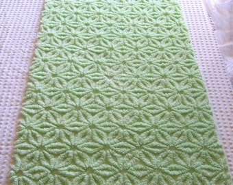 """Fluffy Lime Squeeze Hofmann Daisy Vintage Chenille Bedspread Fabric 35"""" x 17"""""""