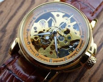Classic Gold-tone Automatic Mechanical Wrist Watch with Black Leather Wristband - Victorian Steampunk Era - Women's Watch - Item MWA8037