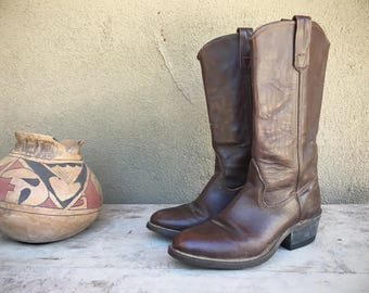 Vintage cowboy boots Men's size 6.5 D Women's 7.5 Double H Made in USA tall brown leather cowgirl boots