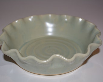Pottery Pie Plate, Ceramic Pie Dish, Ceramics and Pottery, Green, Pottery Handmade, Small Pie Pan