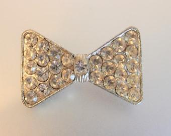 Pretty Vintage Deco Clear Rhinestone Bow Tie Brooch Pin