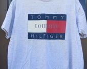 Classic Rare Unique grey Tommy Hilfiger Flag Logo Fragrance  Tee Shirt size XL all cotton USA   made
