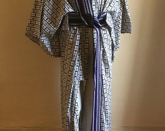 Vintage Japanese Blue and White Kimono CottonRobe • Bohemian Robe • Boho Chic • Bath Robe • Hippie Chic