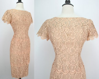 60s 50s Vintage Dress Lilli Diamond Nude Peach Chantilly Lace Hourglass Sheath Tiered Skirt Designer Label 1960s 50s Dresses see condition