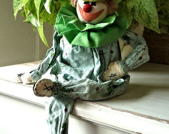 Vintage Clown Doll Block Shelf-Sitter Green Ruff Top Hat Sock Clothespin Legs Arms Blue Cotton Print