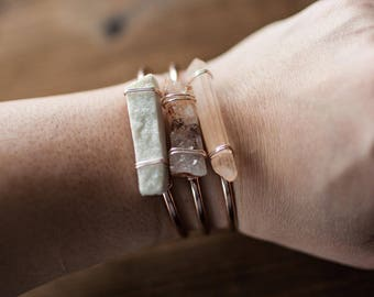 Drusy Quartz Bracelet // Agate Slice Gemstone Bangle // Rose Gold // Wire Wrapped // Quartz Bangle // White Calcite // Amethyst Banded Agate
