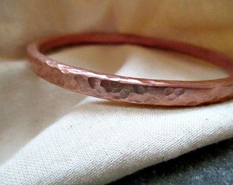 Gift for him, X Thick hammered Copper Bangle, copper bracelet, Mens  armband, bangle cuff, 'Pebbled' solid Copper mens bangle