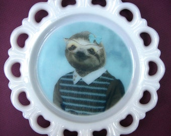 "SALE - Damaged - Sylvia Sloth Plate 8.3"""