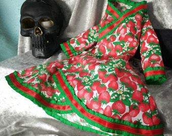 SD Bjd waloli coat dress spring strawberry