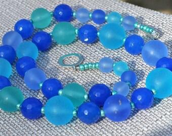 Island Paradise Niagara Blue Bubble Round Necklace