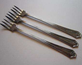 3 vintage cocktail forks - GLORIA 1930, El Royale, Simeon L. and George H. Rogers, seafood forkd - vintage silver plated flatware