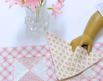 American Girl-Table Runner-4 Napkins-Sasha Doll-Gotz-Madame Alexander-Maplalea Doll-Reversible-Placemats-Place Mats Tea Party Tea Set Pink
