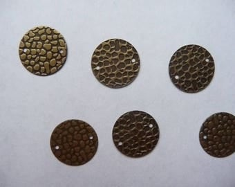 Link, Antique brass disc charm 16mm, Hammered, Pack of 12