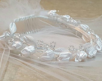 White Flower Wreath Communion Veil Miniature Bride Child Pearl Rosebud Headpiece