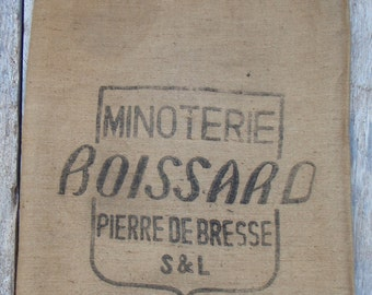 French Burlap Feed Sack in VERY GOOD CONDITION printed on 2 panels suitable for burlap curtain fabric or upholstery fabric