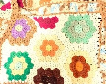 vintage crochet afghan tan and multi colors floral pattern