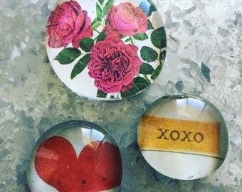 XOXO of three Glass Magnets
