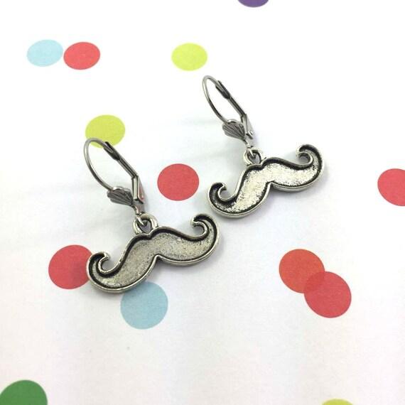 little light mustache, november, silver metal earring charm on hypoallergenic stainless steal hook, les perles rares