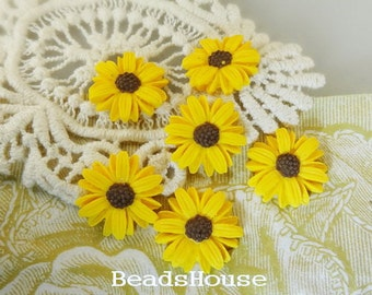 645-00-CA  6pc (18mm)Beautiful Sun Flower Cabochons-Yellow With Brown