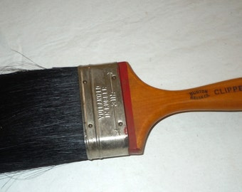 vintage Burton Brush company Clipper Paint Brush wood handle natural bristles