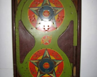 Vintage 1930s Lucky Star Pinball game by Durable toys