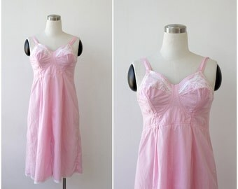 Mid Century Pinup Dress Large, Pink Cotton 1950's Lingerie, Laced Slip, Bullet Cone Bustier