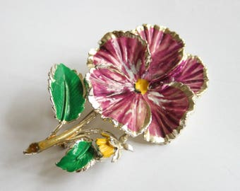 Vintage pansy brooch signed Exquisite.  Enamel pansy brooch. Vintage jewellery