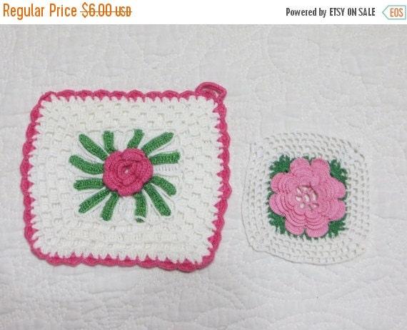 ON SALE Vintage Crochet Roses Pot Holders-Set of 2