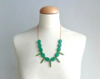 Green necklace, fan gemstone necklace, boho green necklace