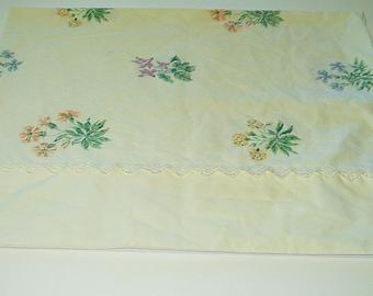 Vintage Pillowcase Standard Size Pillow Case Martha Stewart Lace Trim Floral Print Bedding Retro Chic 417