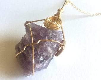 Purple Amethyst Crystal Necklace, Gold Wire Wrapped, Festival Jewelry, Boho, Healing Properties, Gemstone Pendant, Quartz Crystal GEm