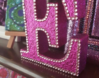 Letter E, magenta pink glitter with pink rhinestones, glittered, initial, name, freestanding, sparkly