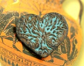 Heart Metal Buttons - Tree in Hearts Green Patina Metal Shank Buttons - 23mm - 7/8 inch - 4 pcs