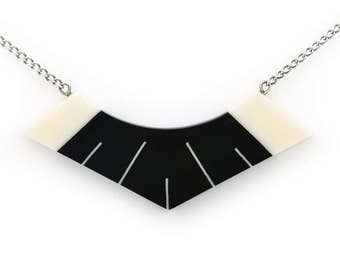Luxor Necklace in Jet Black and Ivory White