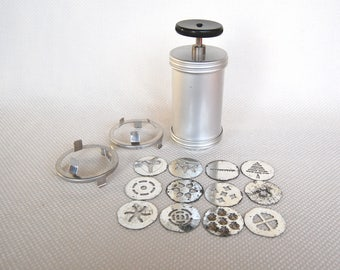 Vintage Mirro Cookie Press with 12 Disks  MIRRO Cooky Press with Handle Very Old Version with Old and Different Disks