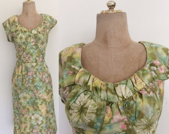 "1960's Cotton Green Floral Print Wiggle Dress Mad Men Retro Dress Size Large 30"" Waist by Maeberry Vintage"